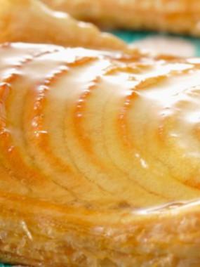 tarte de saison ( pommes rhubarbe )